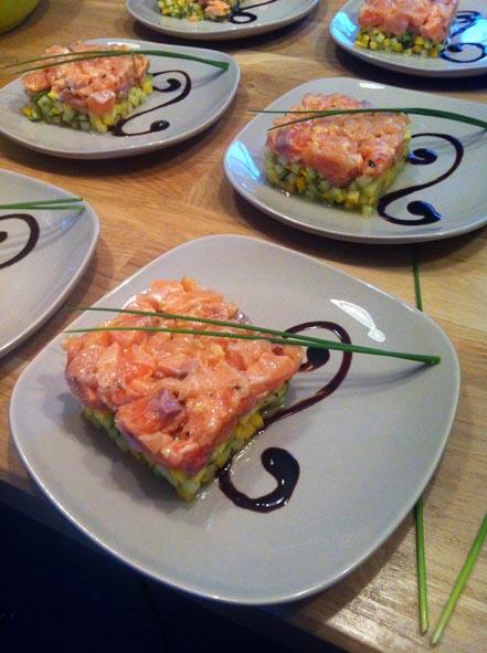 Table d'hôtes, entrée, mi-cuit de saumon l'escarboucle maison d'hotes à bligny sur ouche cote d'or bourgogne à proximité de Beaune