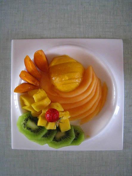 Table d'hôtes, dessert sans gluten aux fruits frais l'escarboucle maison d'hotes à bligny sur ouche cote d'or bourgogne à proximité de Beaune